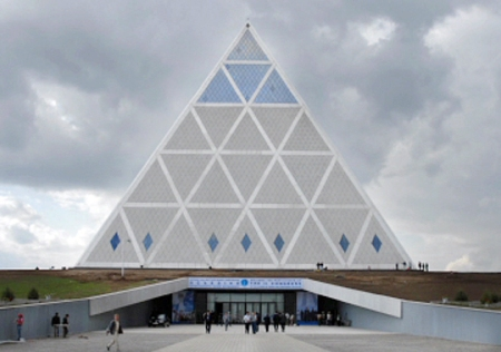 gallery03-pyramid